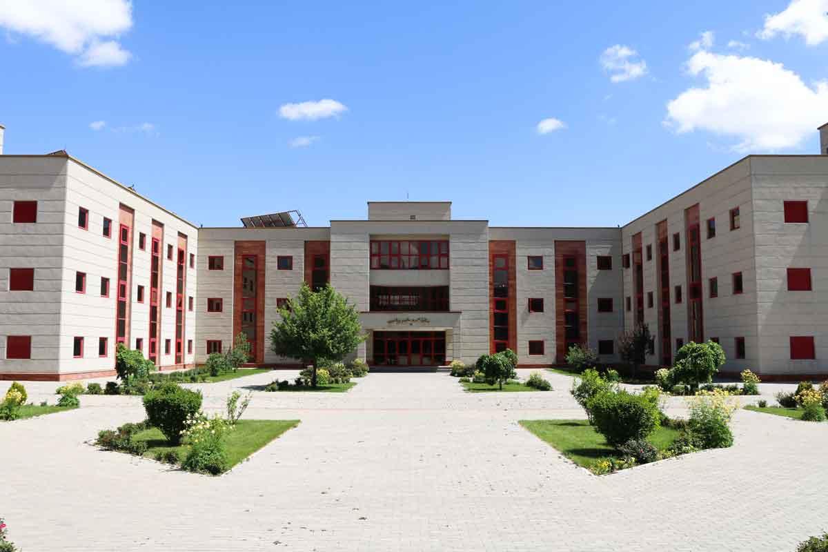 دانشکده ریاضی